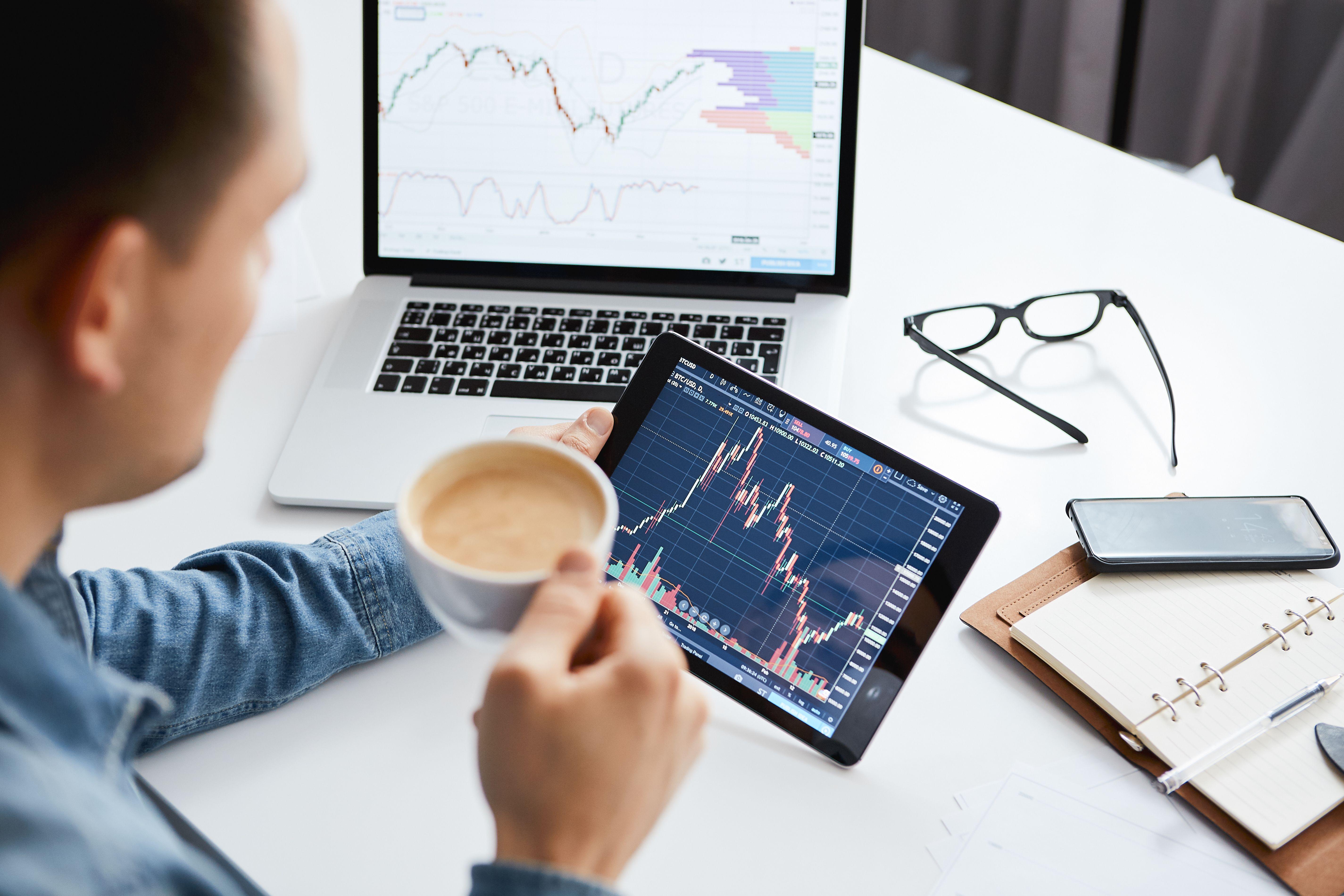 как инвестору реагировать на значимые события